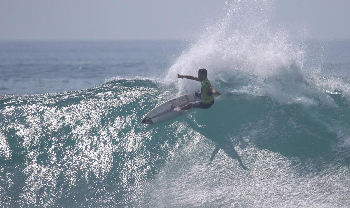Sebastian Williams (ZAF) winning his Round 2 heat at the Los Cabos Open of Surf Men's Pro Junior.