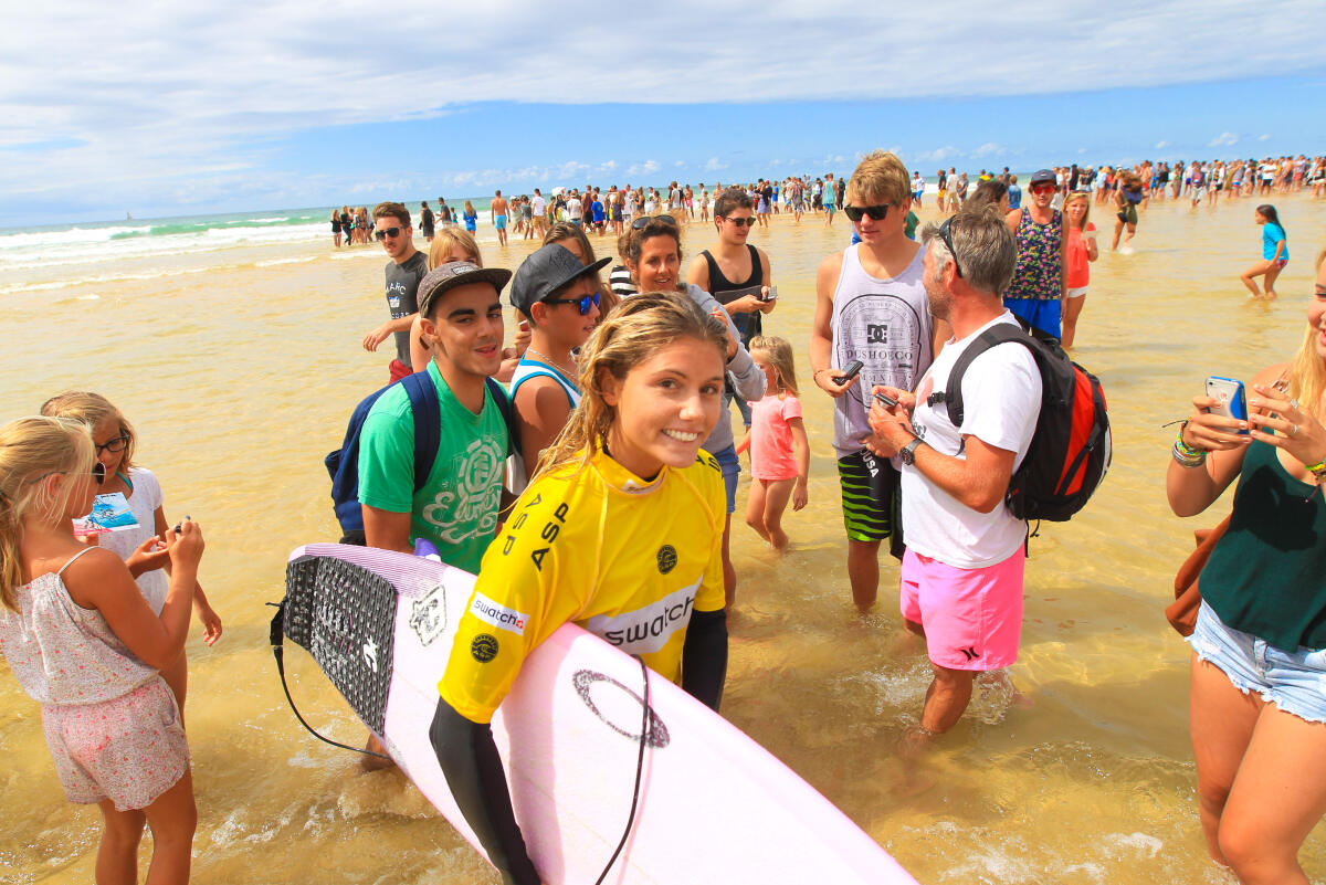 Swatch Girls Pro France 2014. Day 1