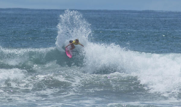 Alyssa Spencer (USA) earning runner-up in her Round 3 heat at the Essential Costa Rica Open Pro QS3,000