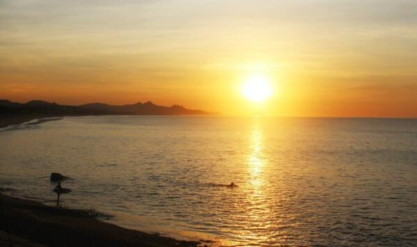 Just a glimpse at the beautiful sunrises Los Cabos has to offer.