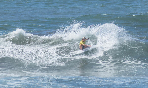 Bethany Zelasko (USA) earning fourth place in her Round 2 heat at the Essential Costa Rica Open Pro QS3,000