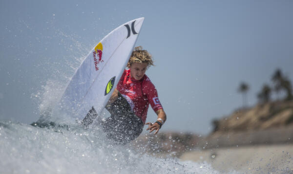 Jake Marshall (USA) represented the Top Seeds in good form winning his Round 2 heat. WSL/ Erik Eiser