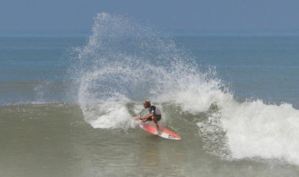 Luke Davis (USA) wins the 2014 Surf Open Acapulco