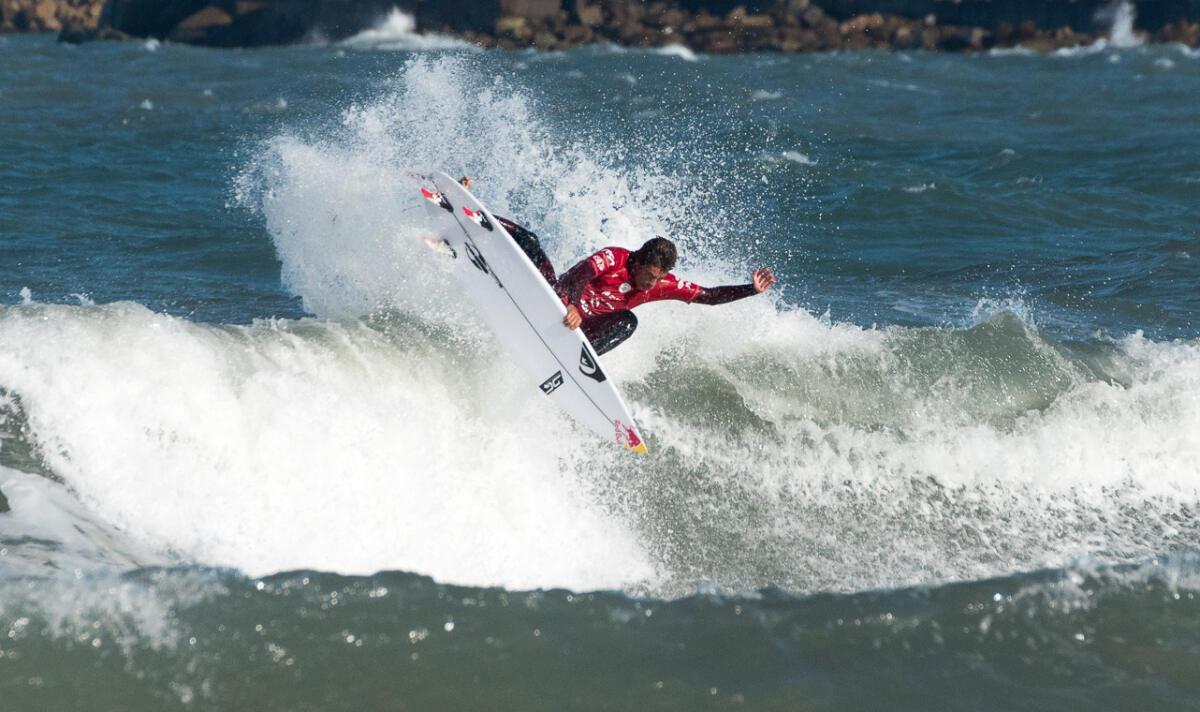 Circuito Mundial De Surf : Gran comienzo de los argentinos en rip curl pro argentina world