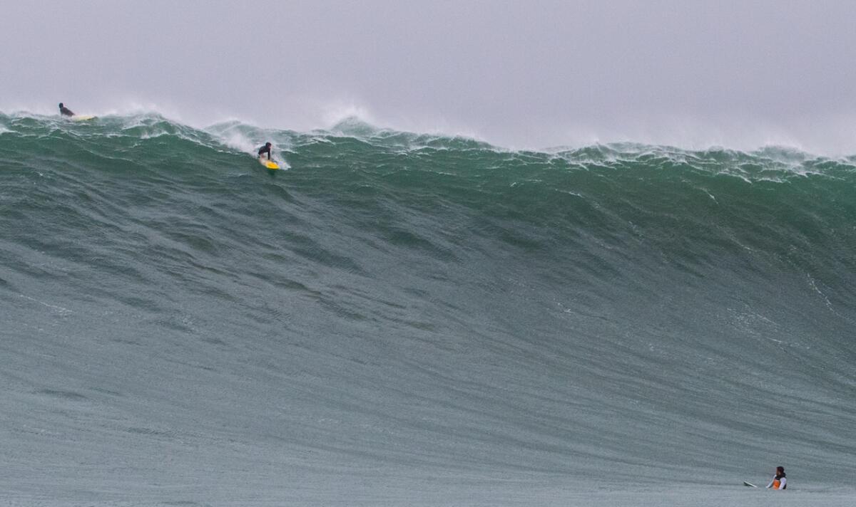 Mavericks mayhem: Boat lost, ski scuttled in monster waves