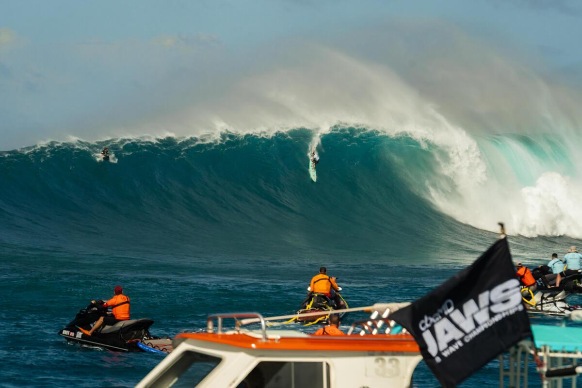 2020 Biggest Paddle Entry: Ian Walsh at Jaws B