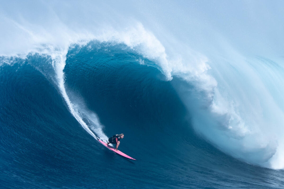 2020 Women's Paddle Nominee: Felicity Palmateer at Jaws 5