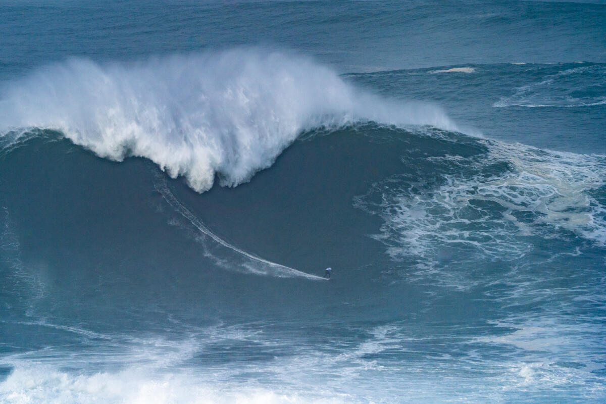2020 XXL Biggest Wave Entry: Sebastian Steudtner at Nazaré 3